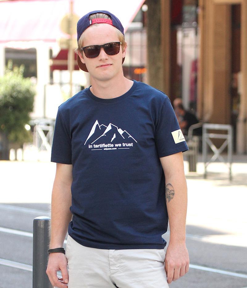 t-shirt montagne étiquette tissée navy
